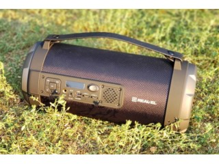 Огляд Bluetooth-колонки Real-EL X-730: музика в дорогу недорого